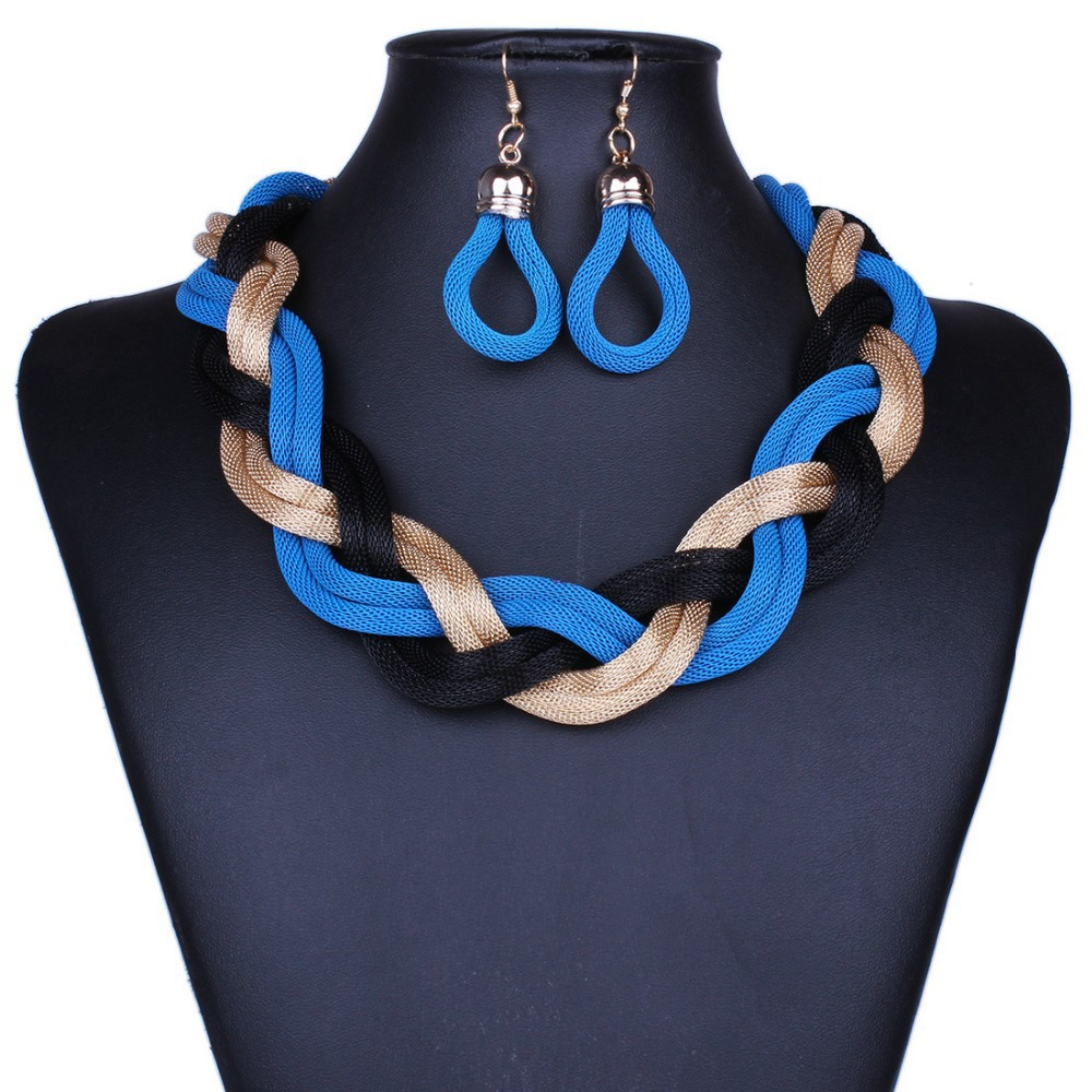 Classic Chunky Necklace and Earrings Set